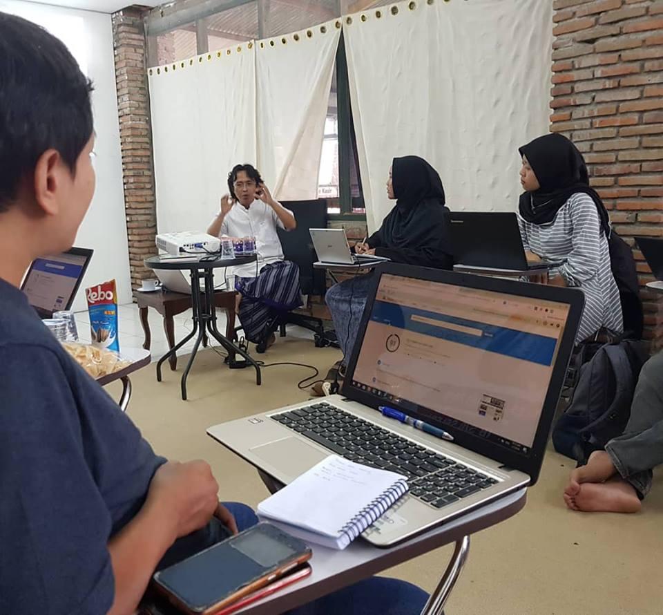belajar Bisnis Modal Kecil Usaha Rumahan